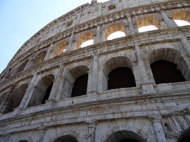 Fragment Koloseum - widok z perspektywy