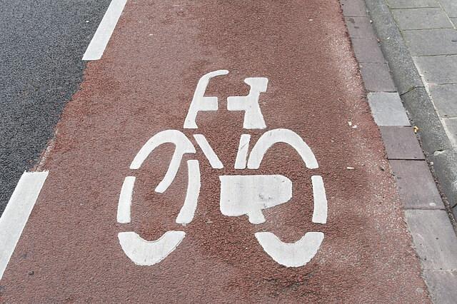 ścieżka rowerowa i jej oznaczenie