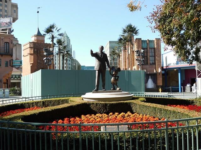 pomnik walta disneya
