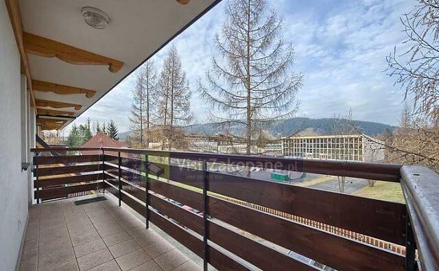Widok na góry z tarasu Apartamentu Cytrynowego