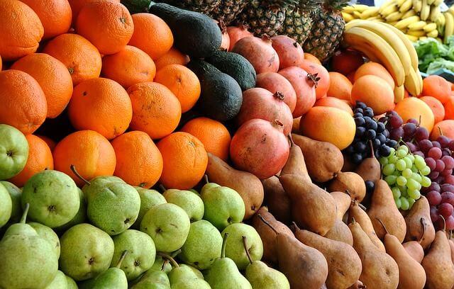 owoce na targu