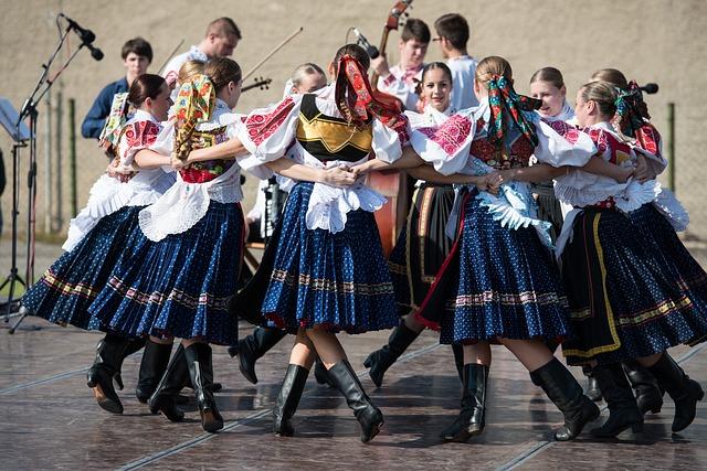 Festiwal Folklorystyczny w strojach ludowych