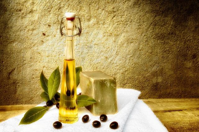 Oliwa z oliwy w kosmetyce