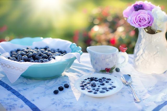 Zdrowe owocowe śniadanie