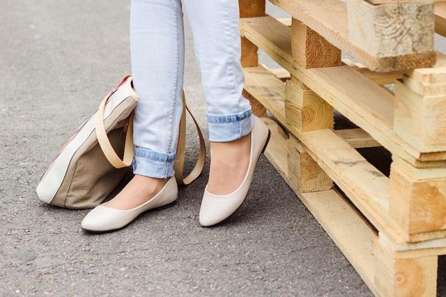 kobiece nogi