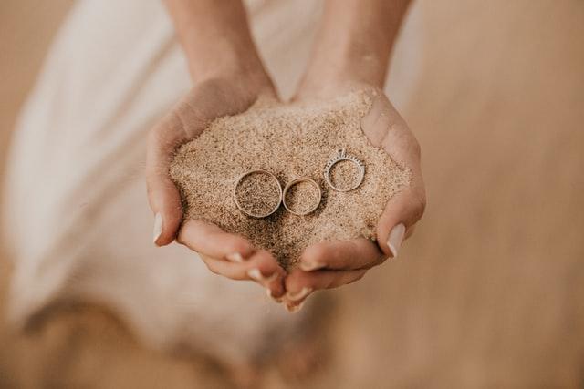 Piasek i pierścionki